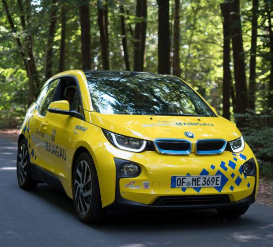 Fahrzeugbeschriftung Maingau Energie - BMW i3